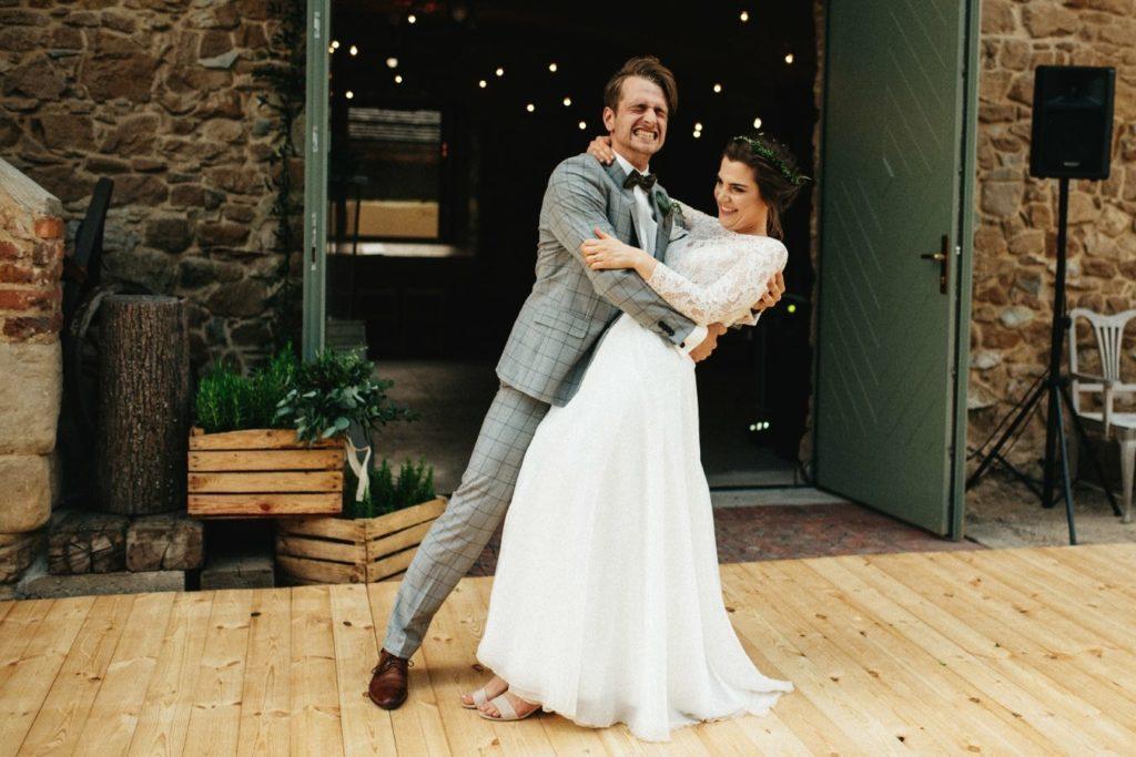 drewniany parkiet na wesele