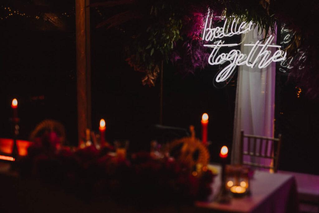 Neon na wesele
