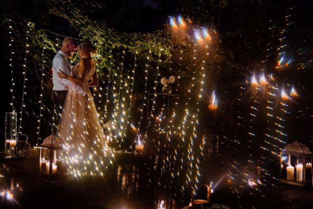 dekoracja światłem, miejsce ceremoni