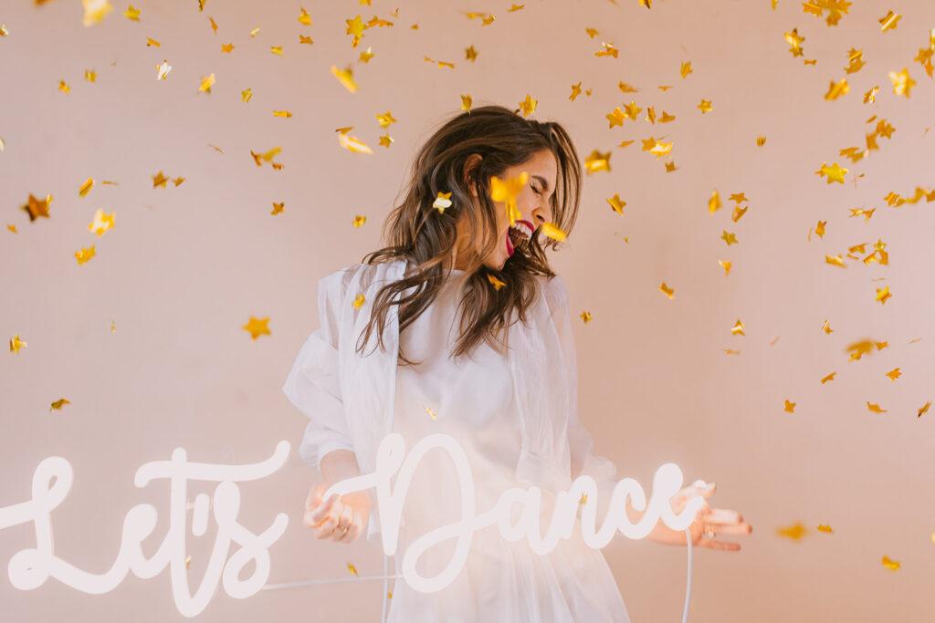 neon let's dance
